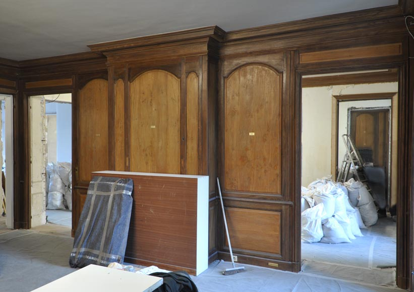 18th century oak and fir wood paneled room-1