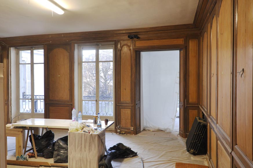 18th century oak and fir wood paneled room-4
