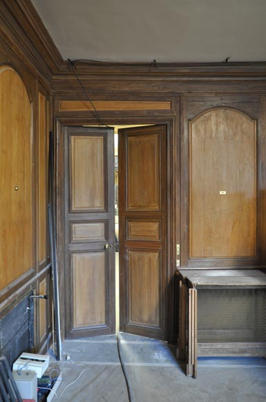 18th century oak and fir wood paneled room-7