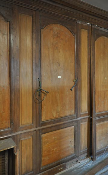 18th century oak and fir wood paneled room-11