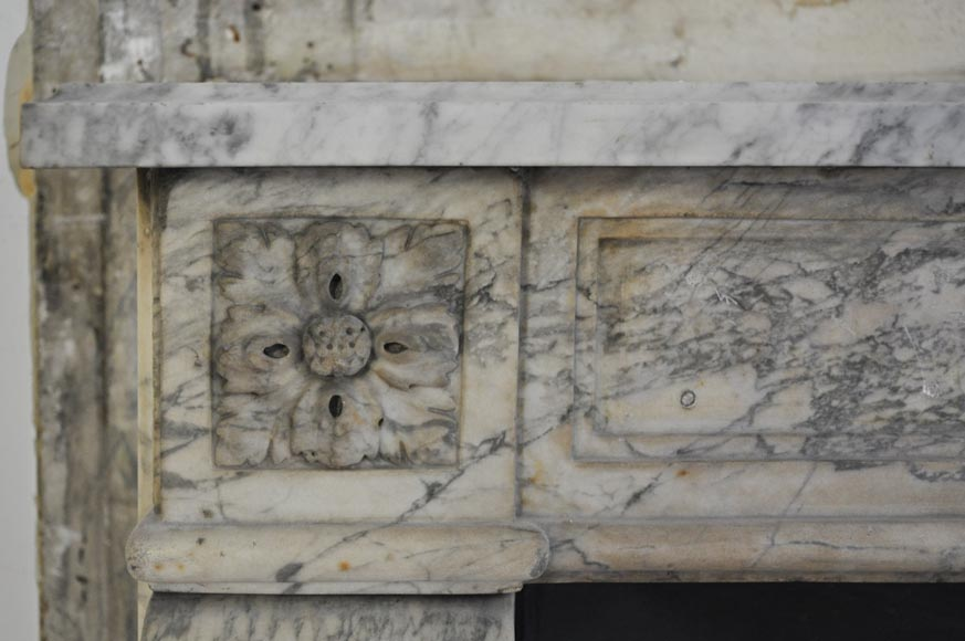 Antique Louis XVI period Fireplace in Carrara marble ornamented with flowers-3