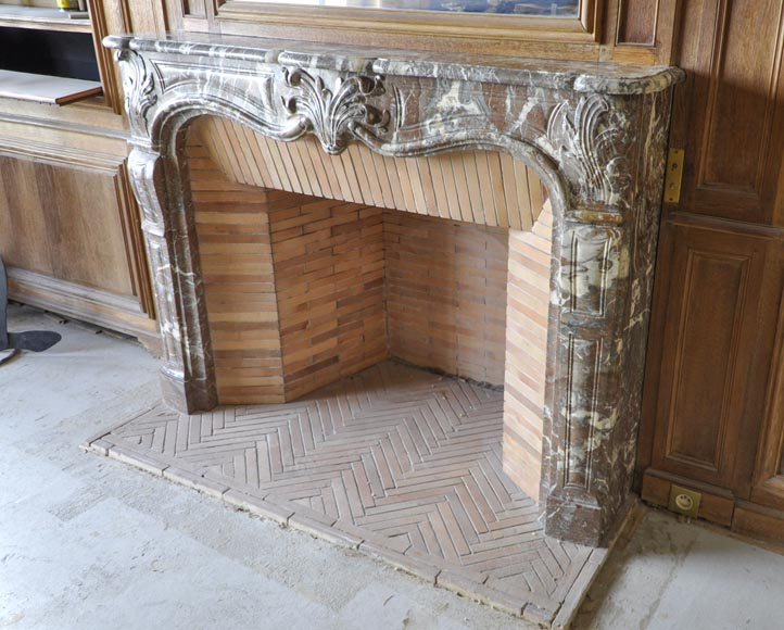 Regence period fireplace made in Rouge Royal marble carved with a shell-4