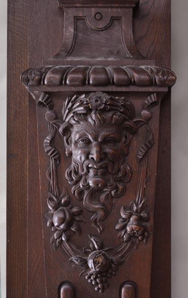 Oak Paneled Room: Oak Wood Paneled Room With Satyres Heads And Drapery