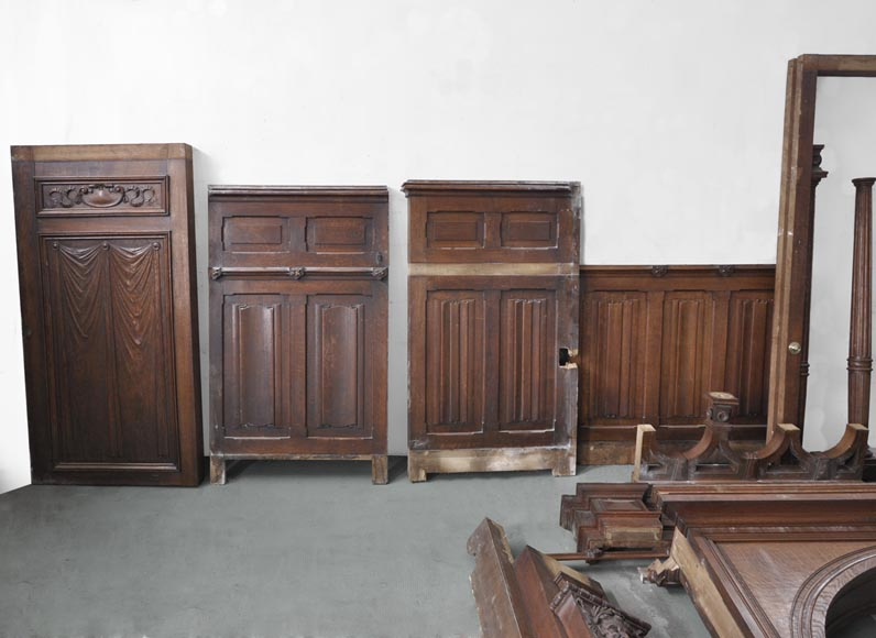Oak Paneled Rooms : Oak wood paneled room with satyres heads and drapery