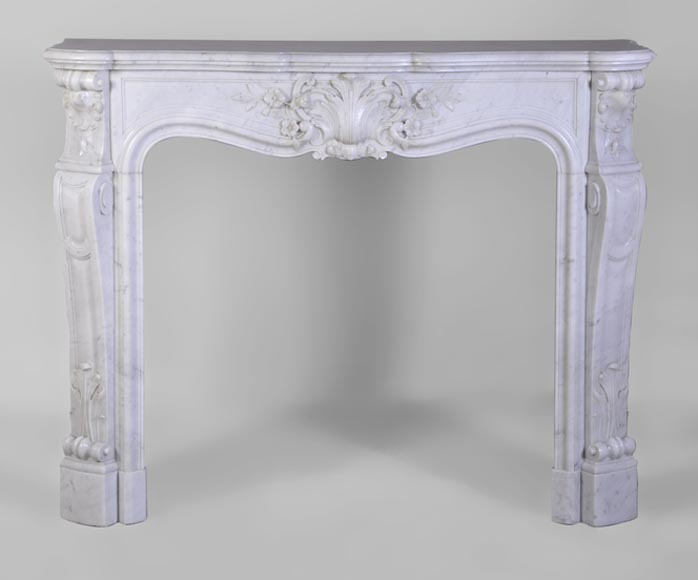 Beautiful antique Louis XV style fireplace with foliaged and flowered shell, white Carrara marble - Reference 3031