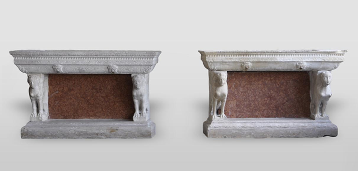 Rare pair of console-shaped fountains from the 17th century with sphinxes decor - Reference 3037