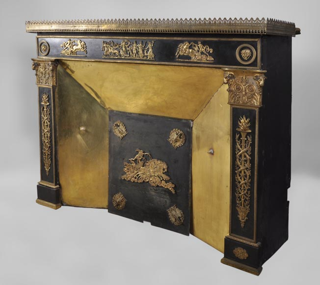 Antique Empire style fireplace with gilt bronze ornaments :