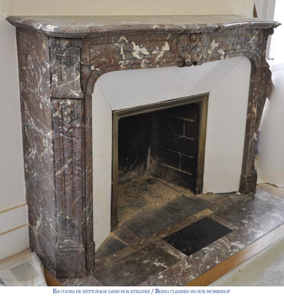 Antique Louis XV style fireplace in Red from the North marble, 19th century-2