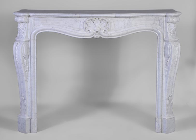 Antique Louis XV style fireplace in white Carrara marble with shell and acanthus leaves decor - Reference 3054