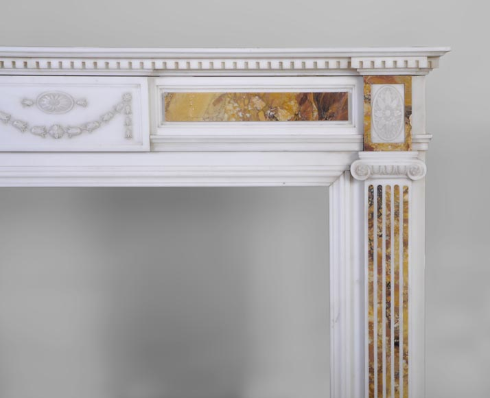 Beautiful antique Neo-Classical fireplace in Statuary Carrara marble and yellow Brocatelle from Sienna inlays-7
