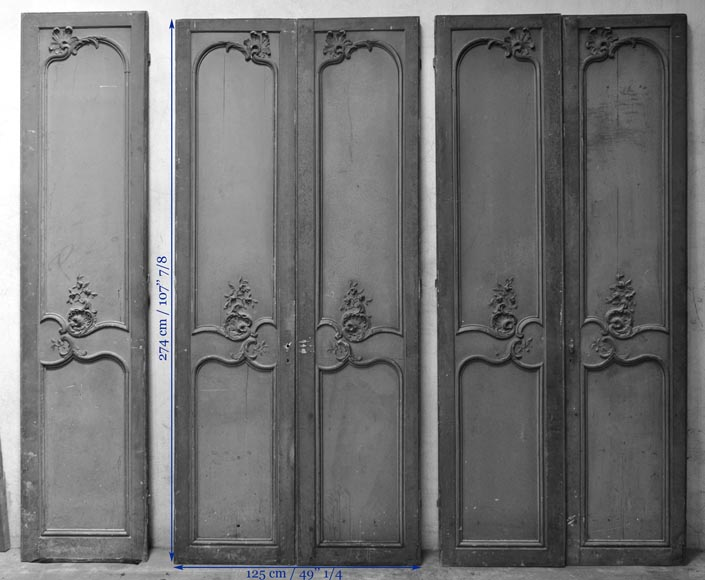 Two Louis Xv Style Double Doors With Shells Decor In