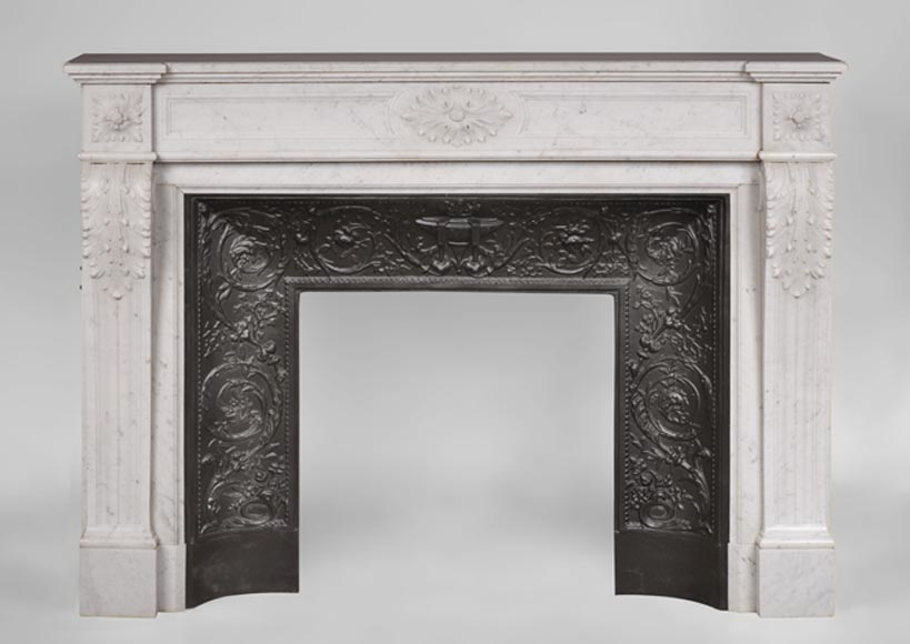 Beautiful antique Louis XVI style fireplace in white Carrara marble with acanthus leaves decor - Reference 3082