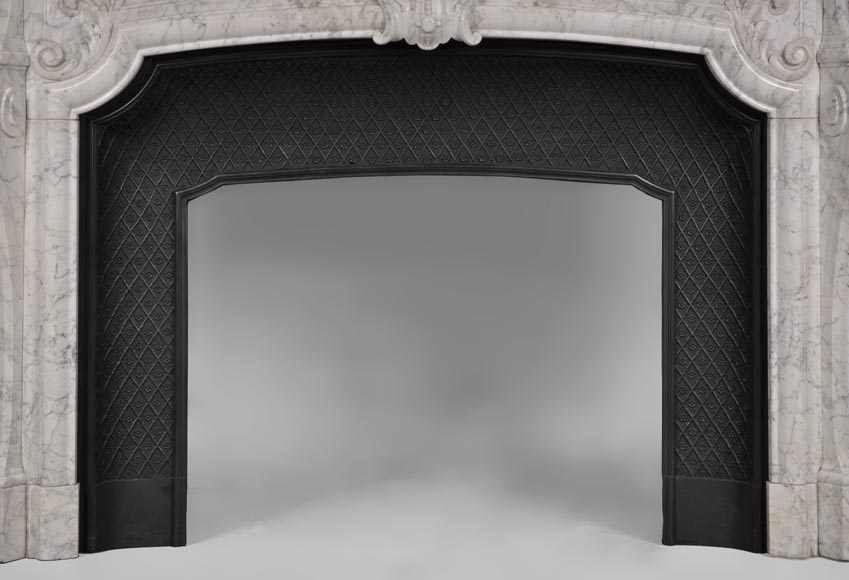Very beautiful and important antique Regence style fireplace in white veined Carrara marble, 19th century-12