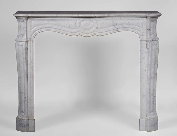 Antique Louis XV style Pompadour model fireplace in white Carrara marble, 19th century - Reference 3112