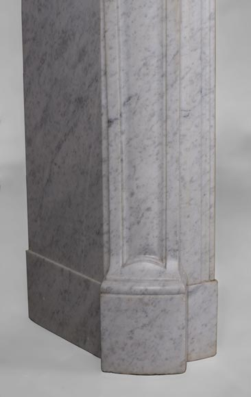 Antique Pompadour style fireplace with curved lines in Carrara marble-4