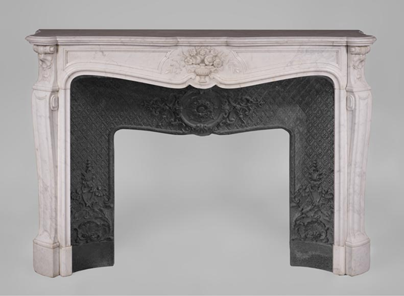 Antique Louis XV style fireplace Carrara marble with a bouquet of flowers - Reference 3132