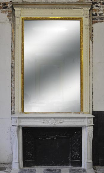 Large Louis XVI style fireplace in white Carrara marble with its cast iron insert and its overmantel mirror - Reference 3152