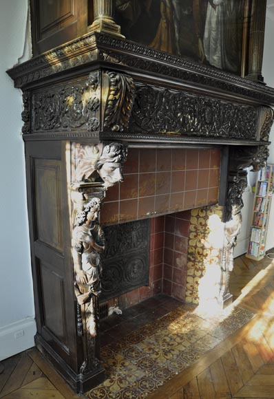 Important antique carved walnut fireplace with painting from the 17th century after Giovanni Andrea CASELLA-9