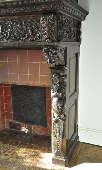 Important antique carved walnut fireplace with painting from the 17th century after Giovanni Andrea CASELLA-12
