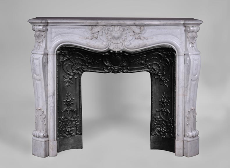 Beautiful antique Louis XV style fireplace with flowers decor in white Carrara marble - Reference 3179