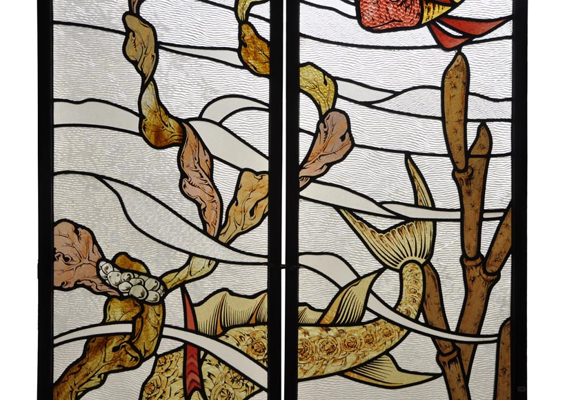 Beautiful pair of stained glass windows with japanese style decor of Koi carps, late 19th century-3