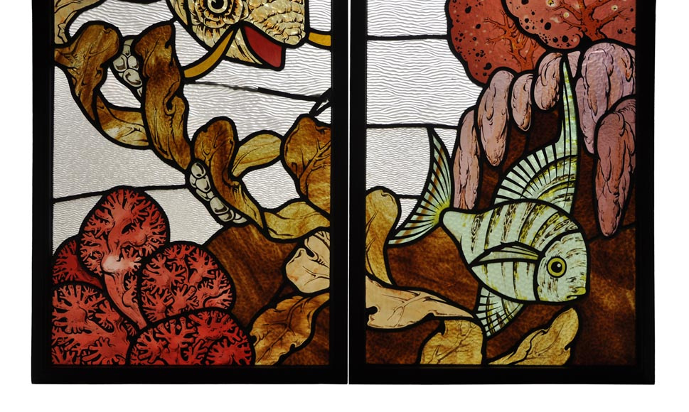 Beautiful pair of stained glass windows with japanese style decor of Koi carps, late 19th century-5