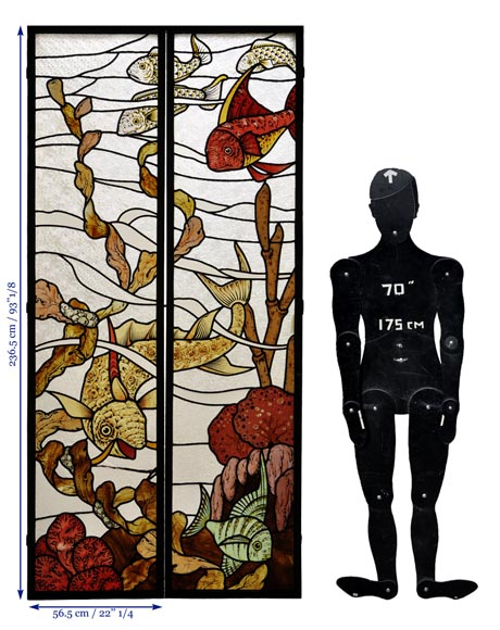 Beautiful pair of stained glass windows with japanese style decor of Koi carps, late 19th century-11