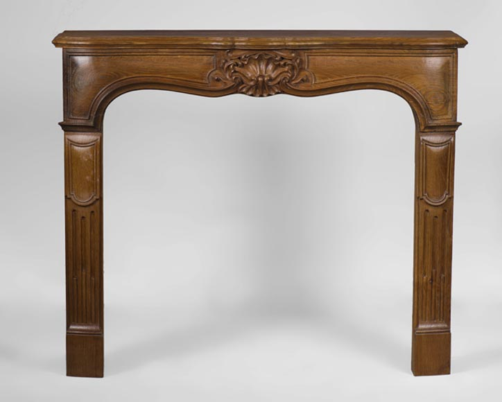 Charming small Regence style fireplace in carved oak wood - Reference 3193
