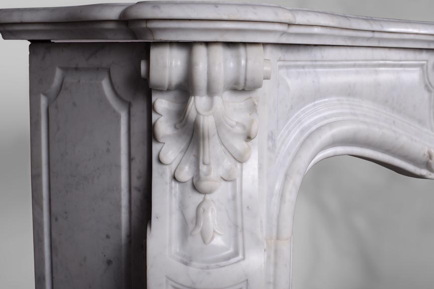 Antique Louis XV style fireplace, three shells model, in white Carrara marble-3