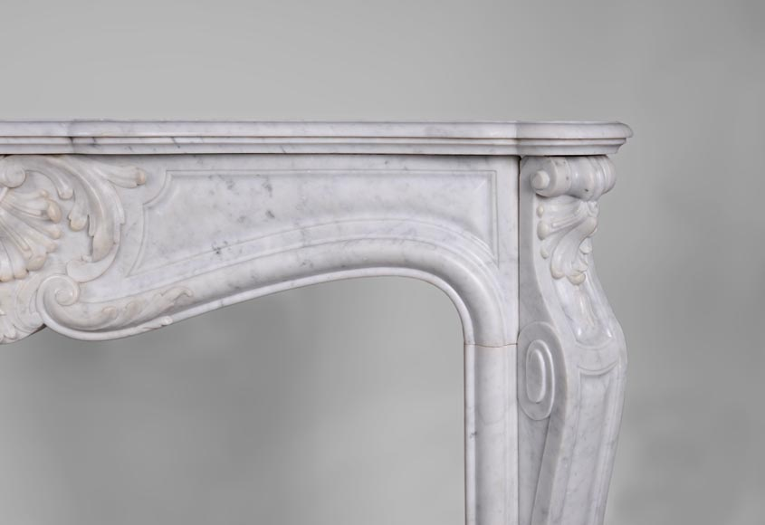 Antique Louis XV style fireplace, three shells model, in white Carrara marble-6