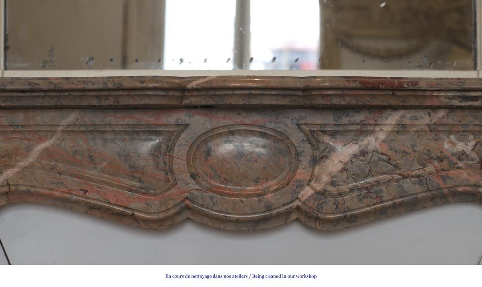 Beautiful Antique Pompadour Fireplace in Enjugerais Pink marble, with its original enameled insert, 19th c.-1