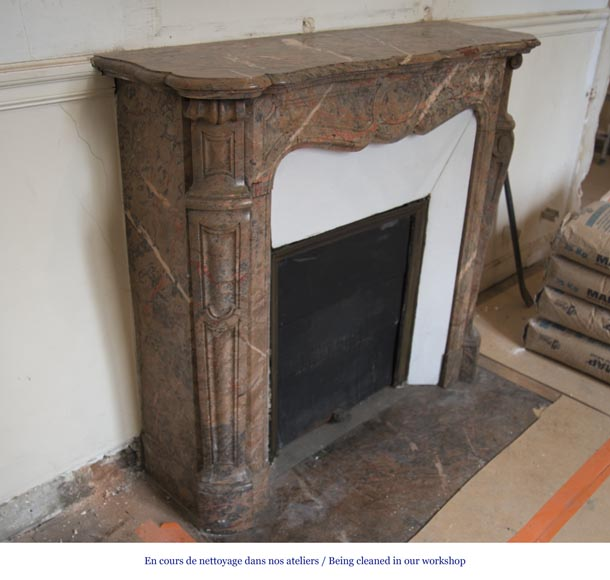 Beautiful Antique Pompadour Fireplace in Enjugerais Pink marble, with its original enameled insert, 19th c.-2