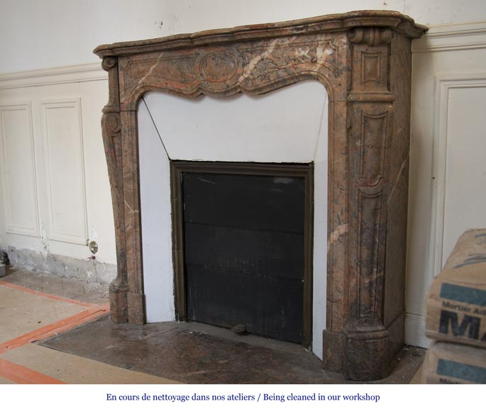 Beautiful Antique Pompadour Fireplace in Enjugerais Pink marble, with its original enameled insert, 19th c.-5