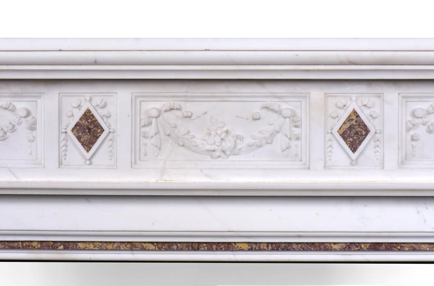 Very beautiful Victorian style antique fireplace in Carrara Statuary marble and Violet Brocatelle marble, from late 19th century, with flutings, garlands and diamonds.-1