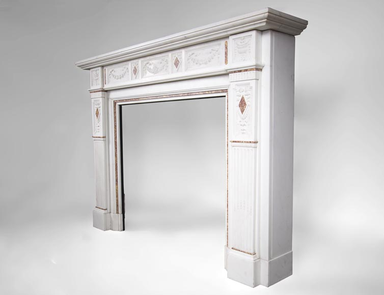 Very beautiful Victorian style antique fireplace in Carrara Statuary marble and Violet Brocatelle marble, from late 19th century, with flutings, garlands and diamonds.-9