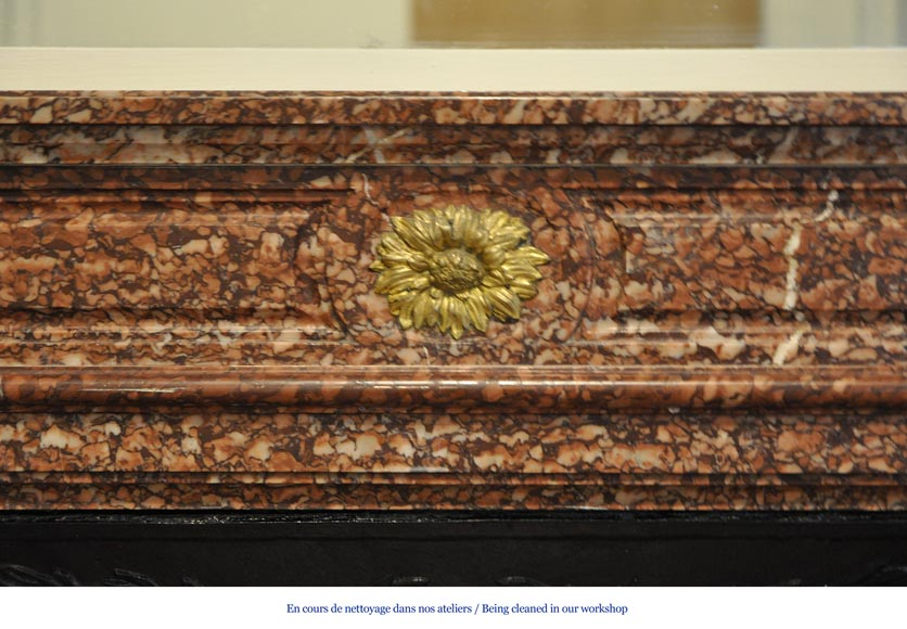 Antique Louis XVI style fireplace mantel with round corners in Griotte marble and gilt bronze ornaments-1
