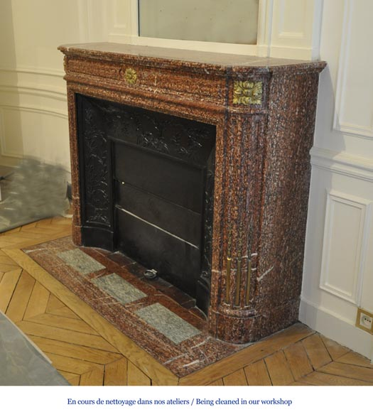 Antique Louis XVI style fireplace mantel with round corners in Griotte marble and gilt bronze ornaments-5