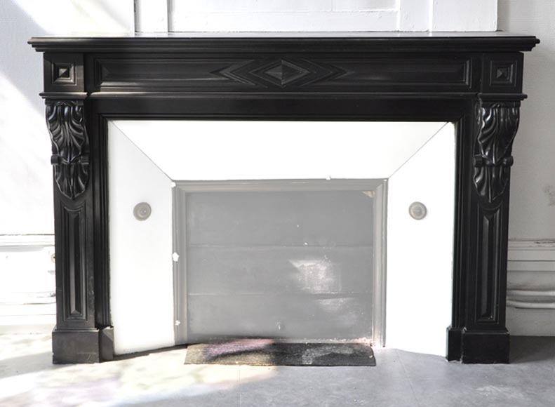 Antique Napoleon III fireplace with diamond points and water leaves in Black Belgium marble - Reference 3290