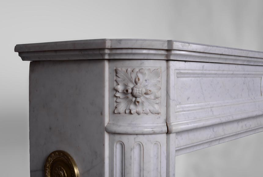 Large antique Louis XVI style fireplace with rounded corners in white Carrara marble-3