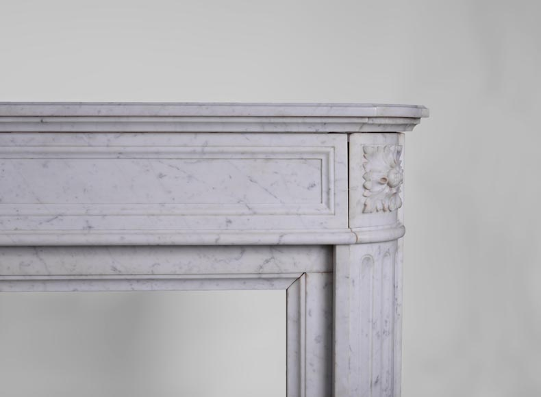 Large antique Louis XVI style fireplace with rounded corners in white Carrara marble-7