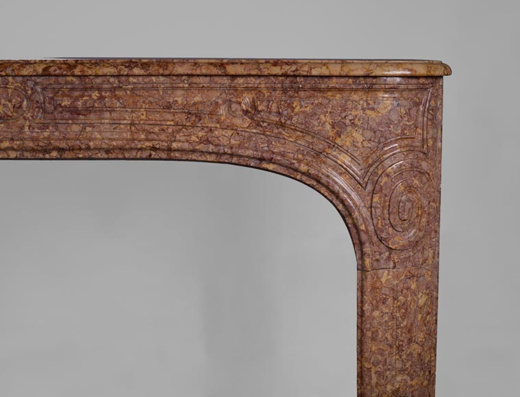 Antique Regence period fireplace mantel in Pink Brocatelle marble, 18th century-7