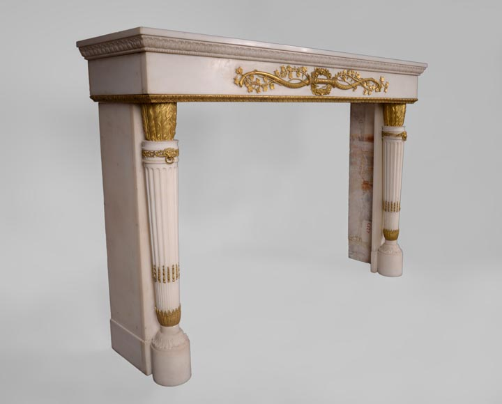 Very beautiful antique Louis XVI style fireplace in Statuary Carrara marble with quiver-shaped columns and gilt bronze ornaments after the model from the Chateau of Fontainebleau-7