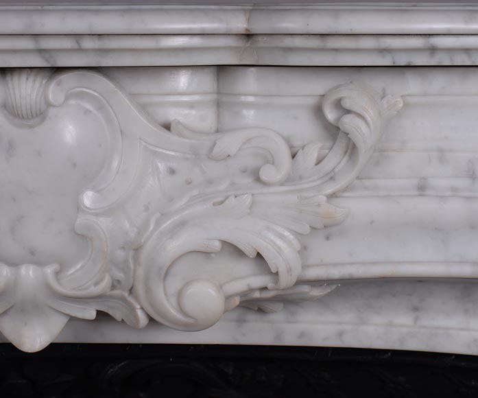 Large antique Regence style fireplace in white Carrara marble with its cast iron insert-3