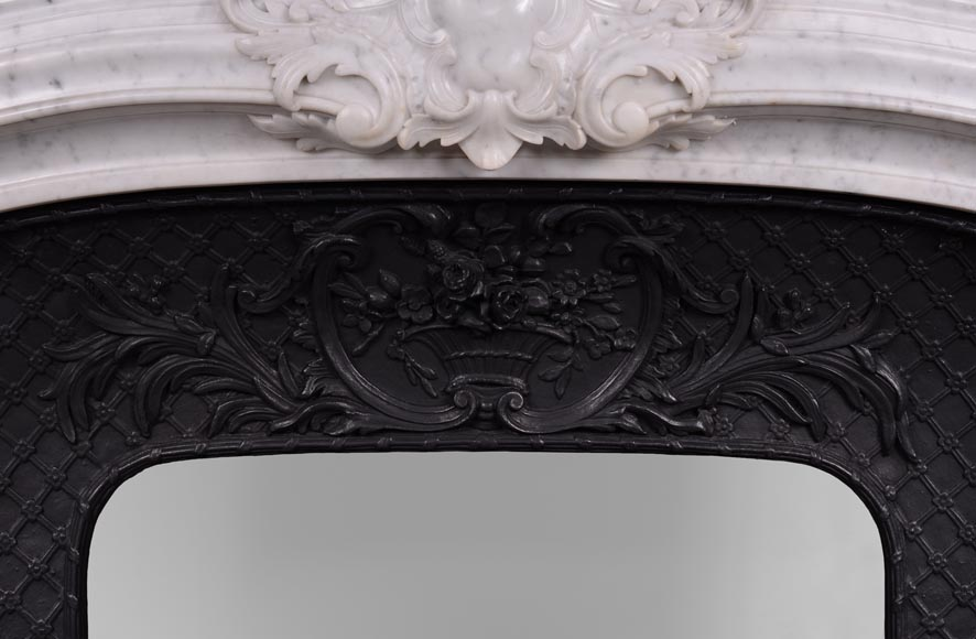 Large antique Regence style fireplace in white Carrara marble with its cast iron insert-14