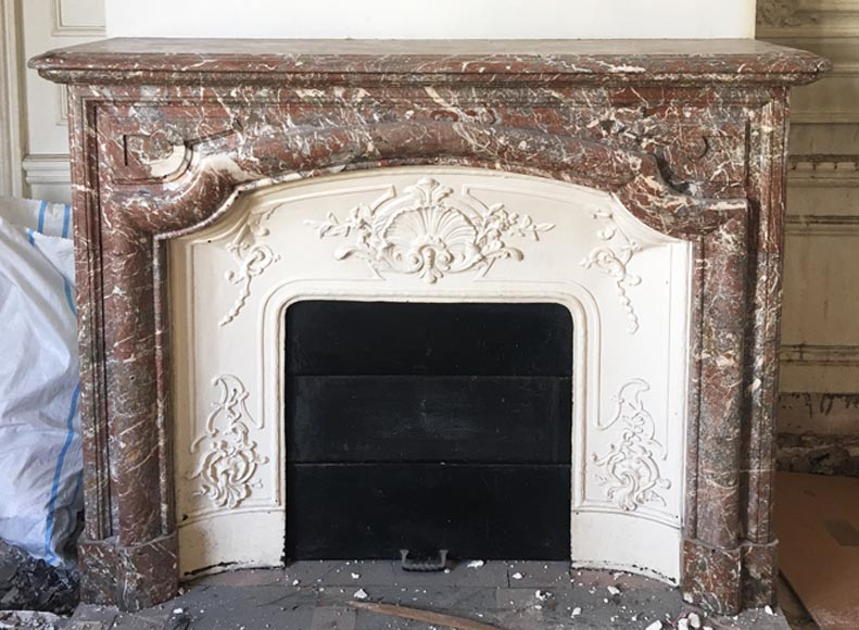 "Antique Louis XIV style ""Bollection"" fireplace in Saint Remy marble with its cast iron insert - Reference 3337"