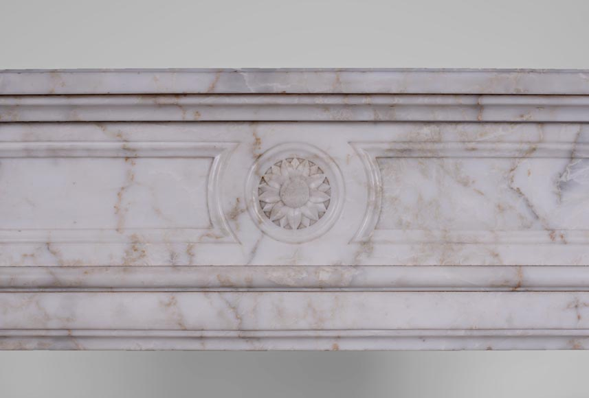 Antique Louis XVI style fireplace with rounded corners in Onyx marble-1