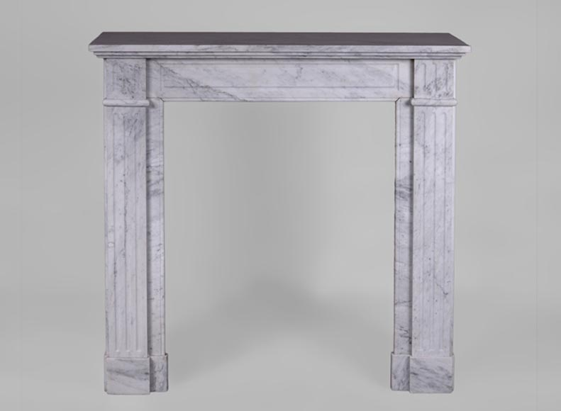 Small antique Louis XVI style fireplace with flutings in veined Carrara marble - Reference 3357