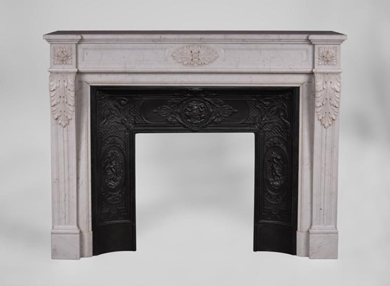 Antique Louis XVI style fireplace in Carrara marble with acanthus leaves dropping down - Reference 3382