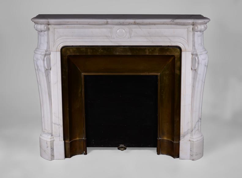 Antique Pompadour fireplace in Semi-Statuary Carrara marble with its brass insert - Reference 3383