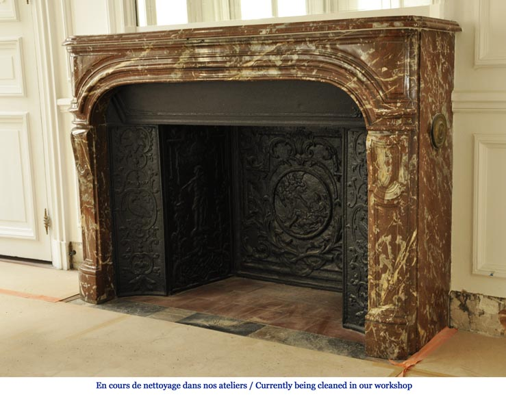 Antique Regence period fireplace in Red from the North marble with its complete cast iron insert-5